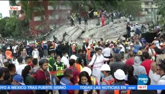 Cadenas Humanas Levantan Escombros Rescatar Atrapados Sismo Roma