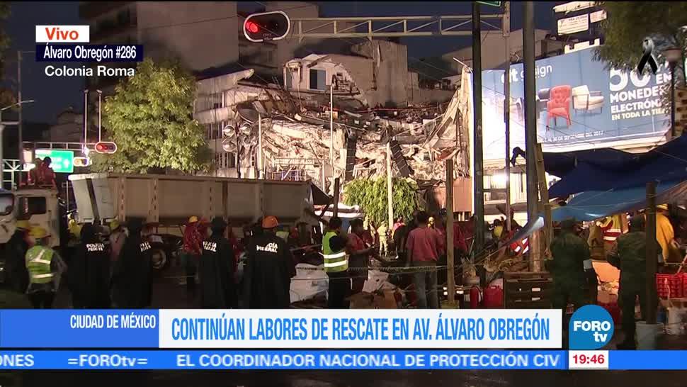Reanudan rescate en edificio que colapsó en la avenida Álvaro Obregón
