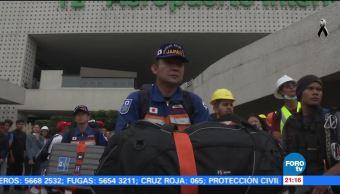 Llegan japoneses a labores de rescate tras el sismo de 7.1 grados