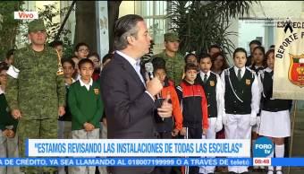Aurelio Nuño visita secundaria en la delegación Miguel Hidalgo