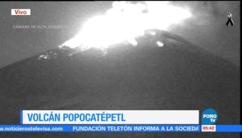 Se registran explosiones en el volcán Popocatépetl