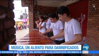 Música, un aliento para damnificados por el sismo en Santa Rosa Xochiac