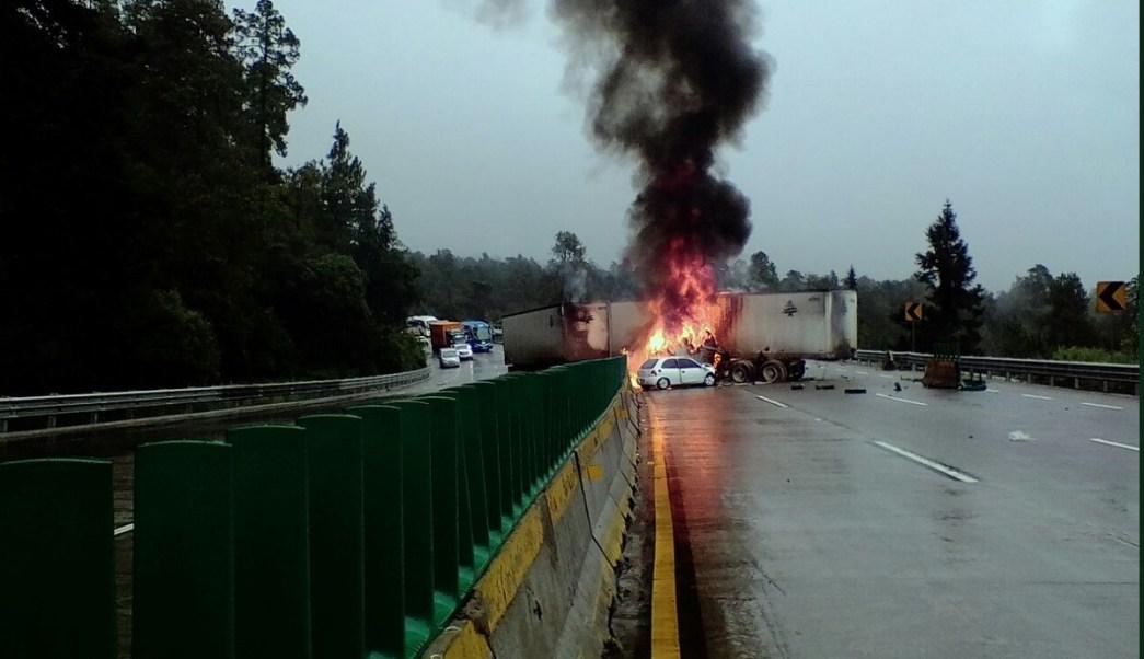 accidente vial en la Autopista México-Puebla