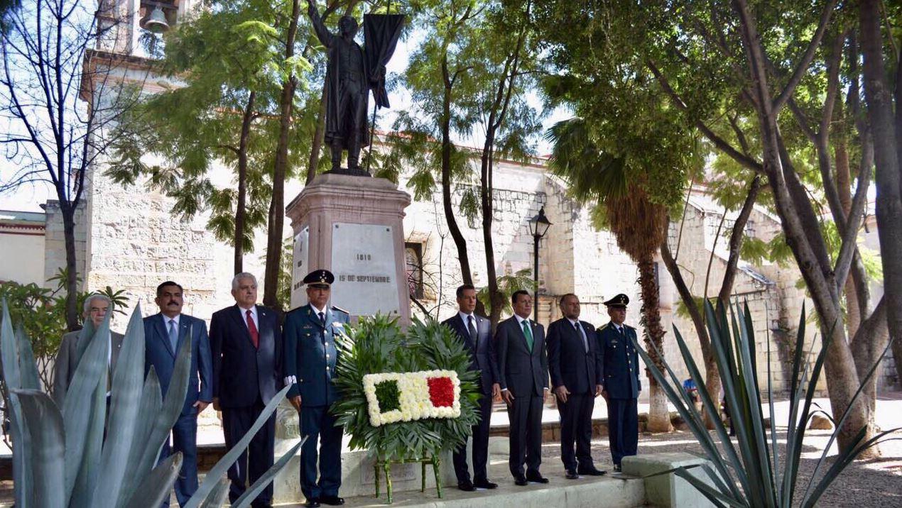 Terremoto sepulta escuela de 79 años en Juchitán, fue fundada en 1938