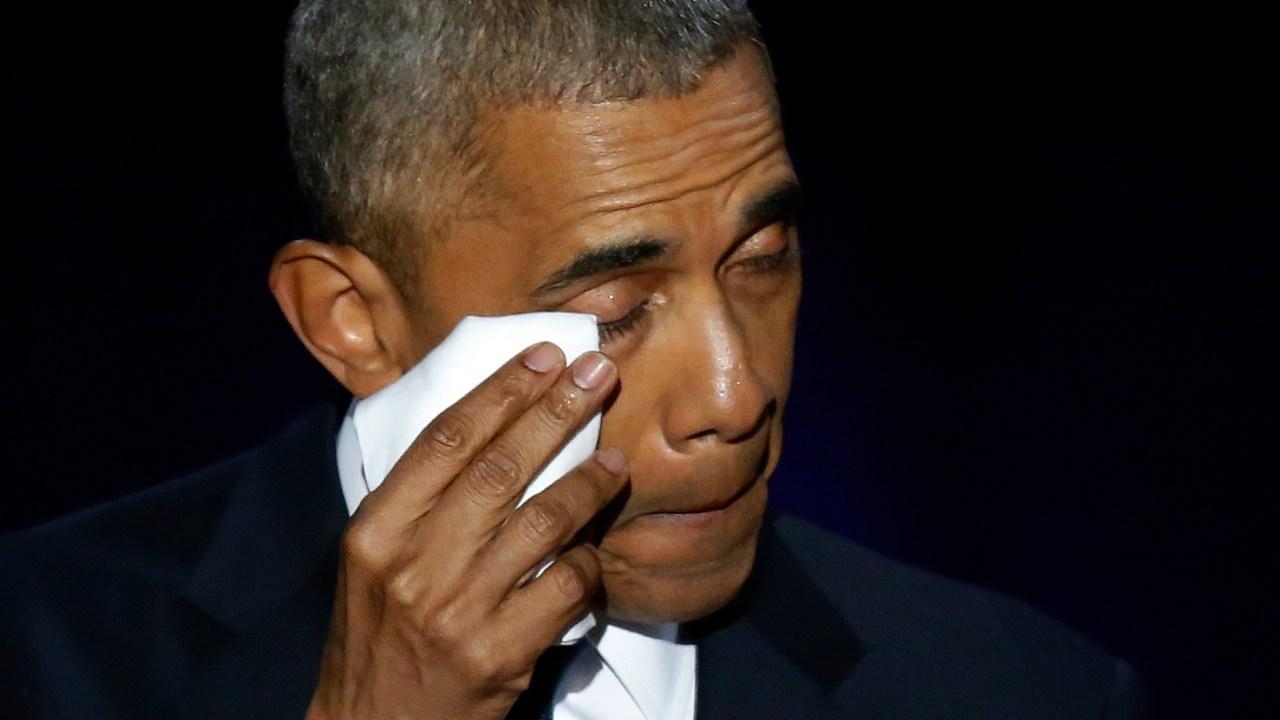 Obama llora al dejar a su hija en la Universidad de Harvard