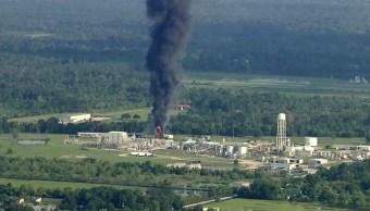 habitantes texas resguardan explosion central quimica