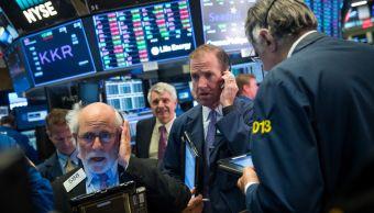 Wall Street cierra mixto y Dow Jones avanza 0 25 ciento