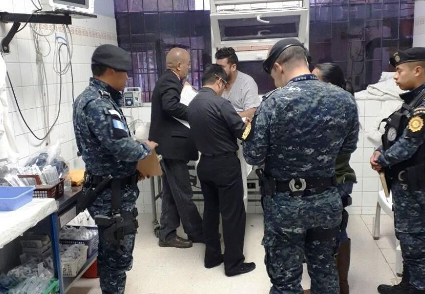 Detienen en Guatemala a joven con cápsulas de cocaína en el estómago
