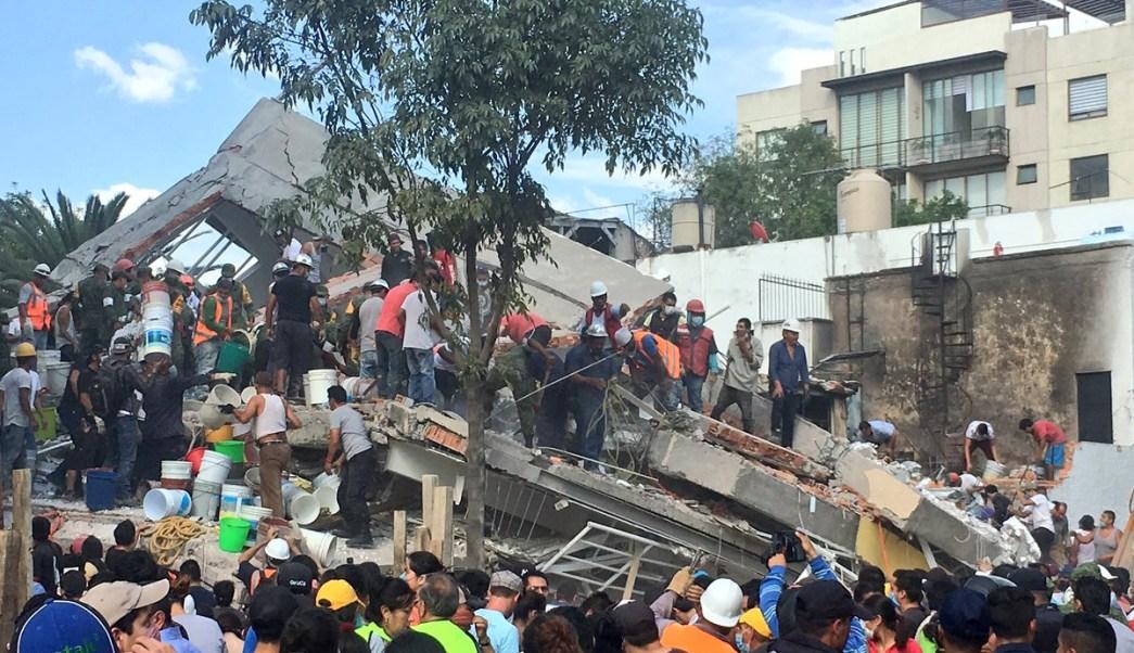 delegacion denuncia constructoras derrumbes bretana zapata