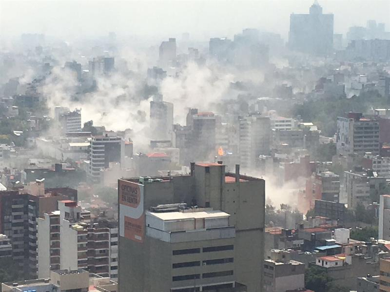 Donald Trump se solidariza con los mexicanos tras sismo en la CDMX