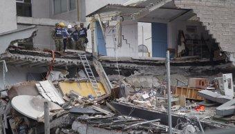 Aumenta número personas muertas por sismo