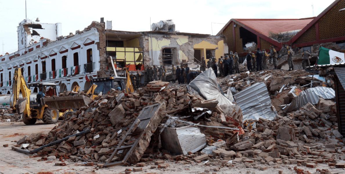 El terremoto ocasionó danos al palacio municipal de Juchitán, Oaxaca
