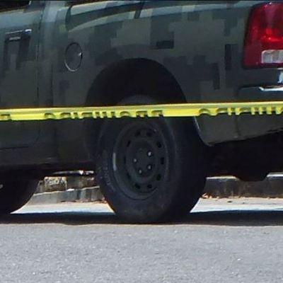Hallan 12 cuerpos en una camioneta en Huétamo, Michoacán
