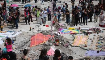 Homenaje a víctimas del sismo del 19 de septiembre en fábrica CDMX