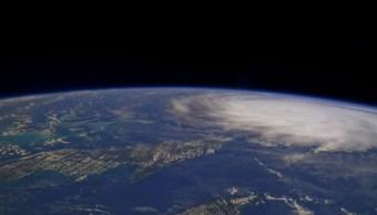Huracán 'Irma' baja a categoría 3 en su camino a Florida, EU