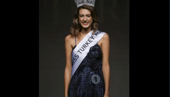 Itir Esen perdió el título de Miss Turquía 2017