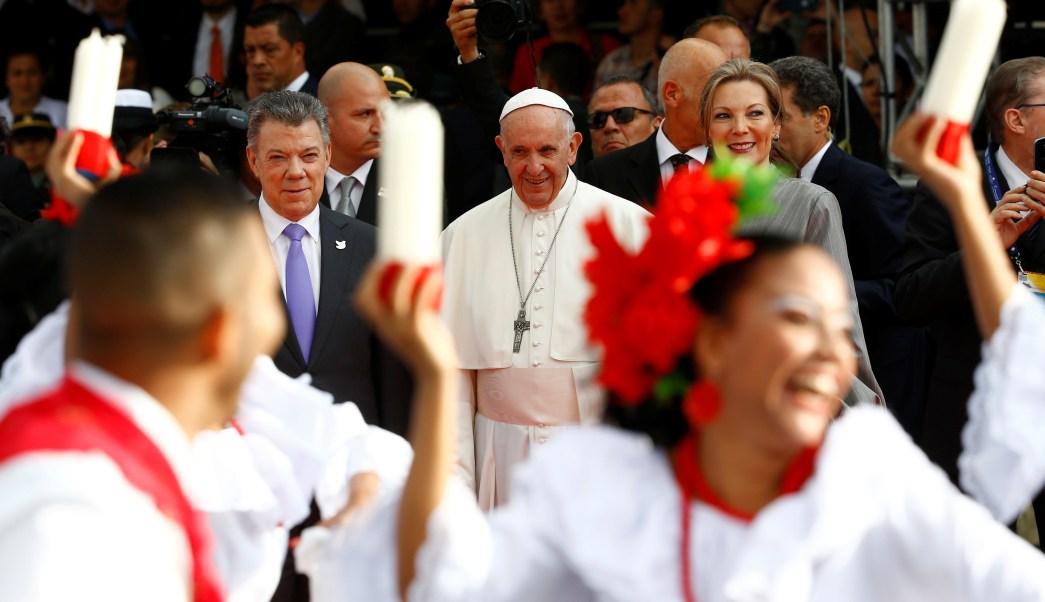 Papa Francisco pide colombianos no perder esperanza