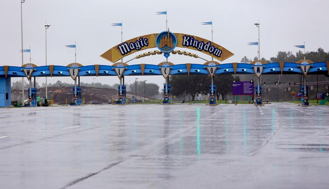 Parques temáticos de Florida reabren sus puertas