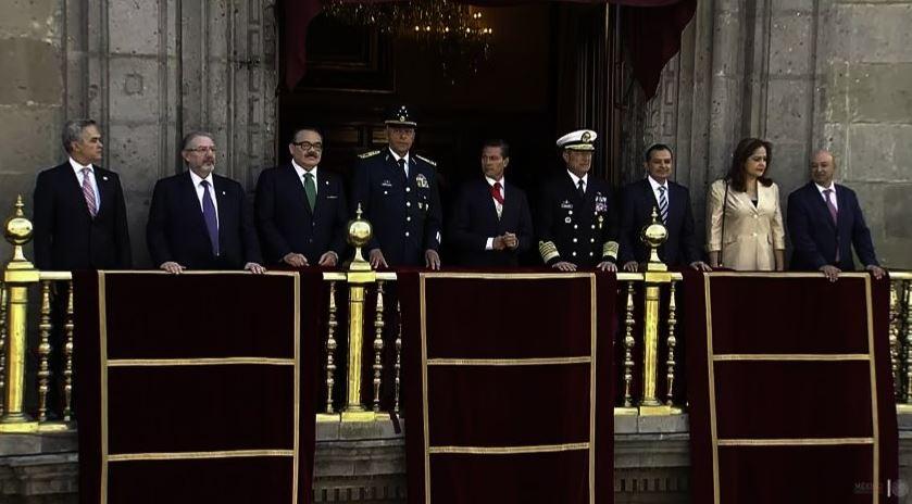 Peña Nieto encabeza Desfile Militar por 207 aniversario de Independencia