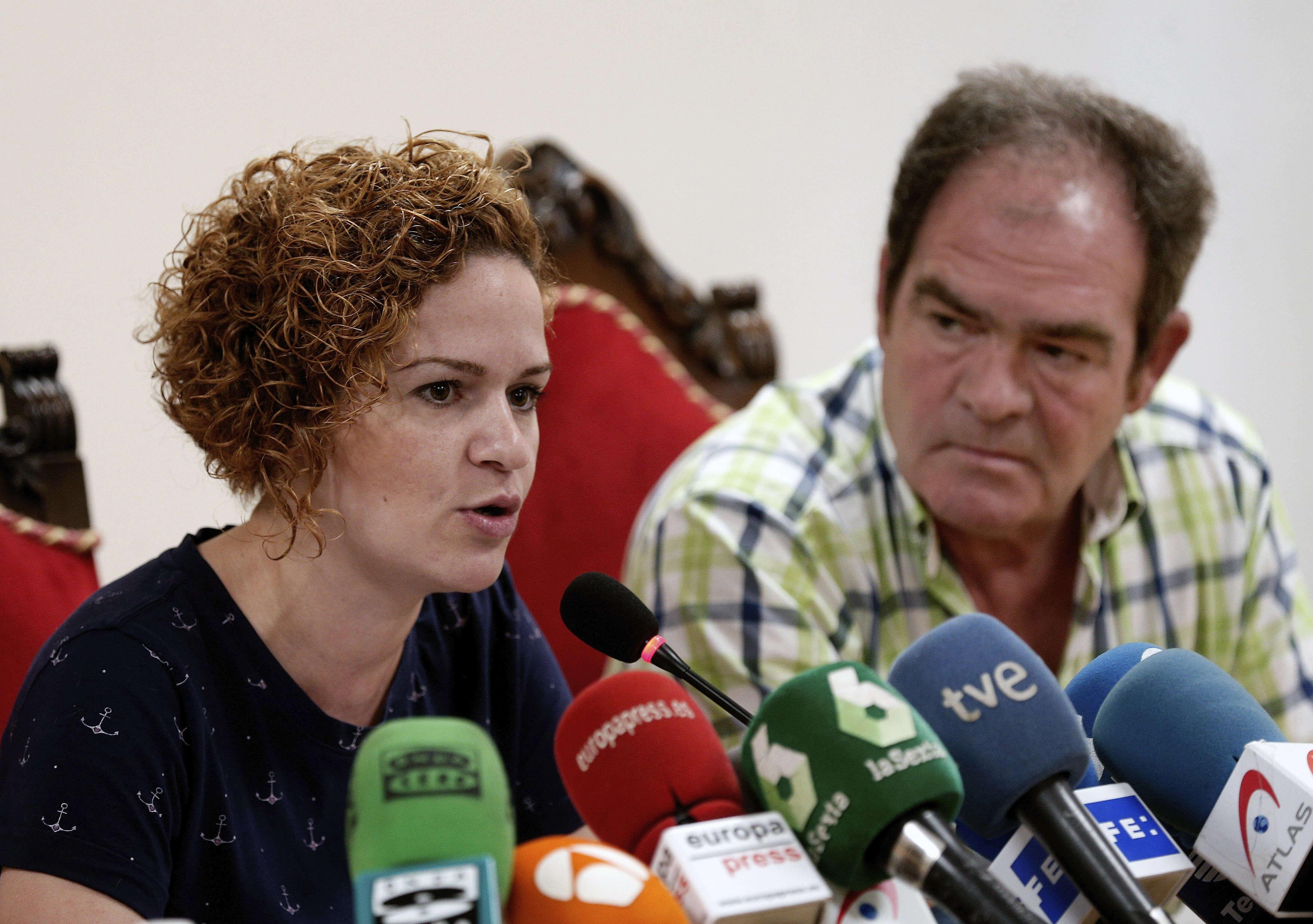 Familia de la española Pilar Garrido, confía en inocencia del marido