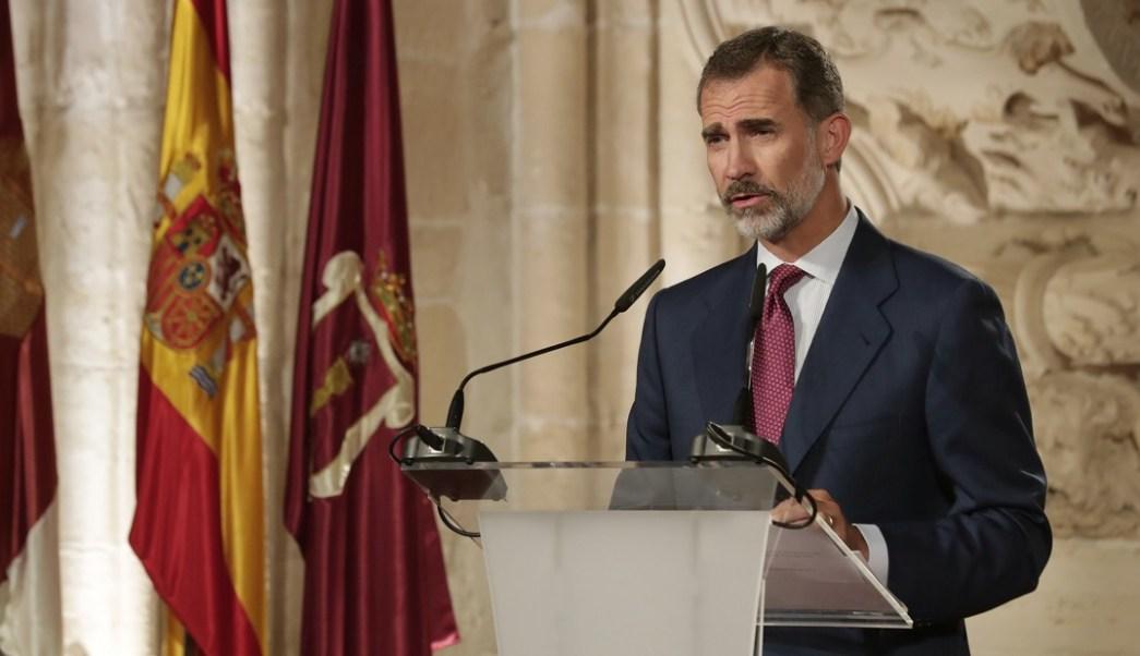 Rey Felipe advierte a Cataluña que la Constitución prevalecerá en España