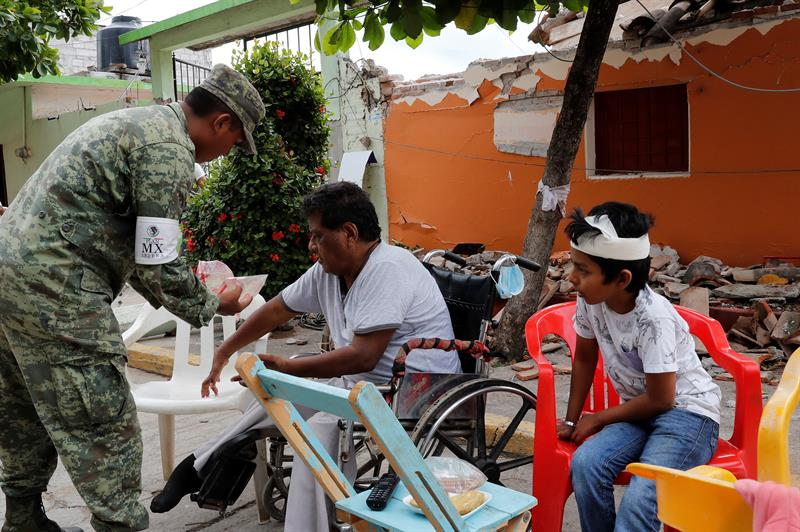 Suman 78 muertos en Oaxaca tras sismo