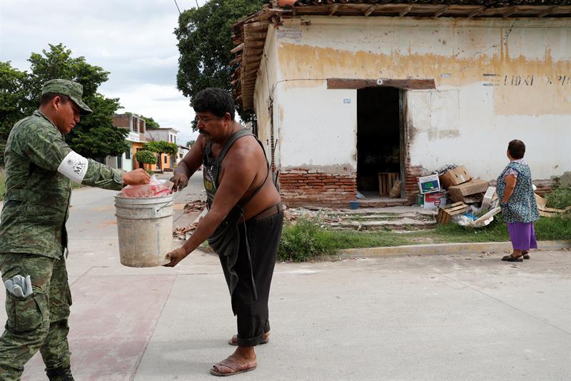 No hay terremoto que doble a Oaxaca: Murat
