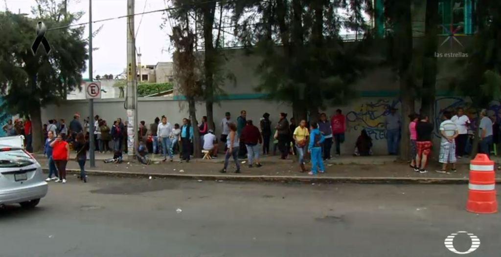 Usan a niños en Iztapalapa para robar pipas de agua tras sismo.