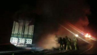 incendian camion carretera uruapan michoacan seguridad