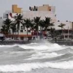 Veracruz recibió el embate de dos huracanes y un sismo