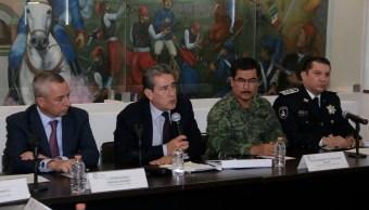 Víctor Carrancá y Diódoro Carrasco en conferencia de prensa