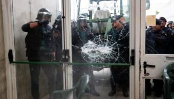 policia incauta urnas colegio electoral españa