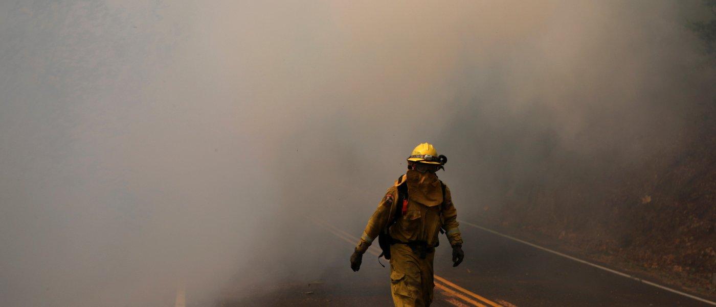 suman 29 muertos incendios california