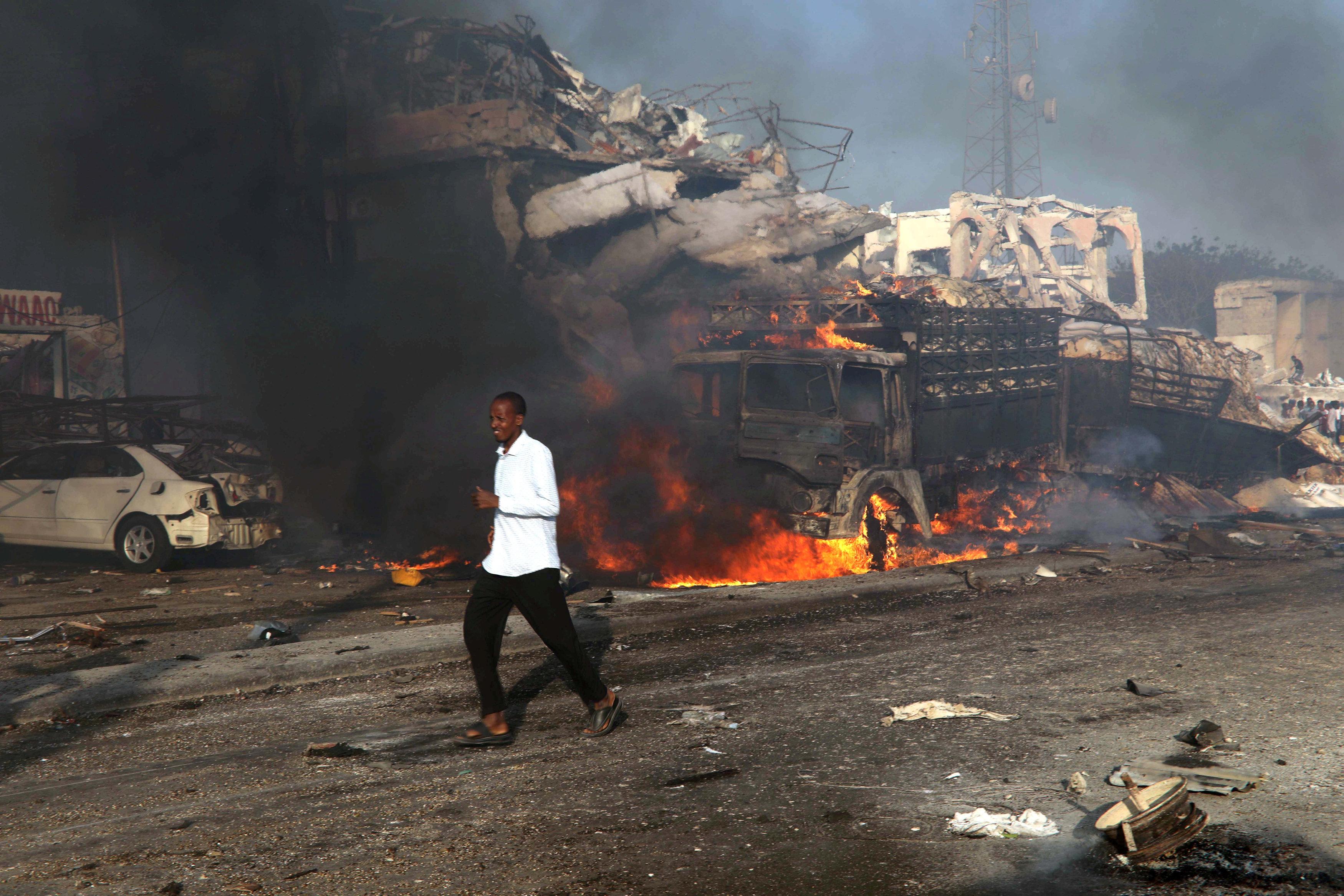 México condena enérgicamente ataque terrorista en Somalia con 315 muertos