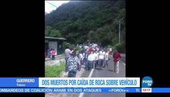 Mueren dos personas por caída de roca desde cerro en Taxco, Guerrero