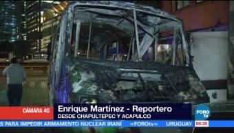 Se incendia microbús en paradero de Chapultepec, CDMX