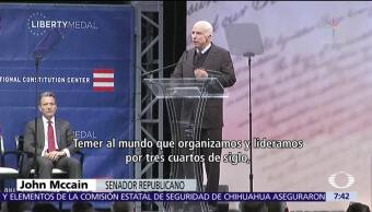 John McCain critica el rumbo de Estados Unidos en escena internacional