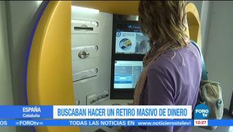 Convocan a catalanes independentistas a retirar su dinero de los bancos