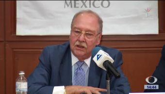 Lozoya presenta denuncias contra Santiago Nieto