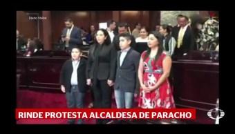 Alcaldesa rinde protesta en Michoacán, en sustitución de su esposo