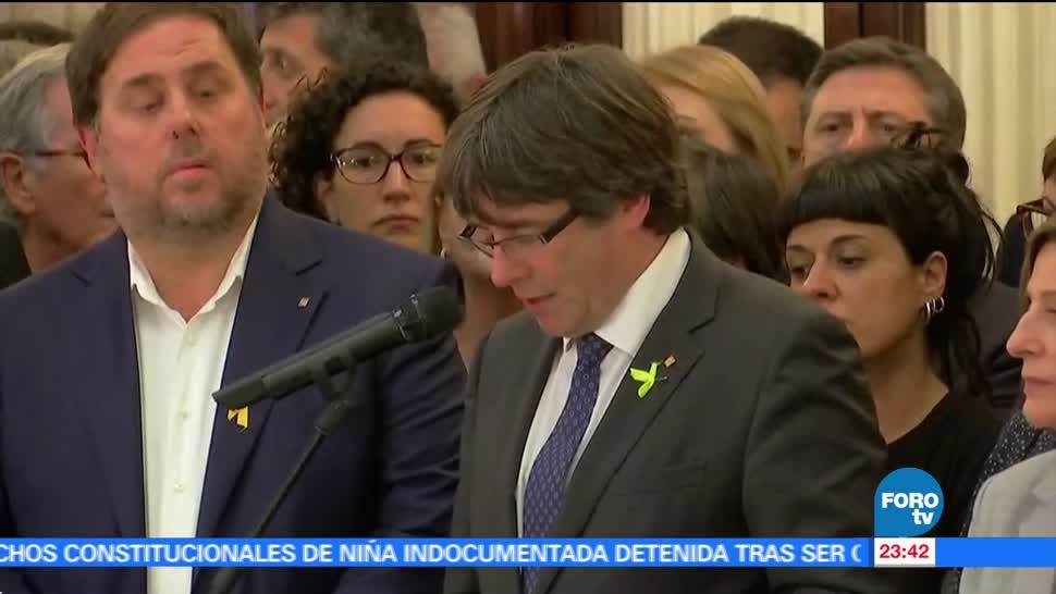 Cataluña declara su independencia de España