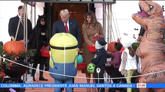 Donald y Melania Trump festeja Halloween en la Casa Blanca