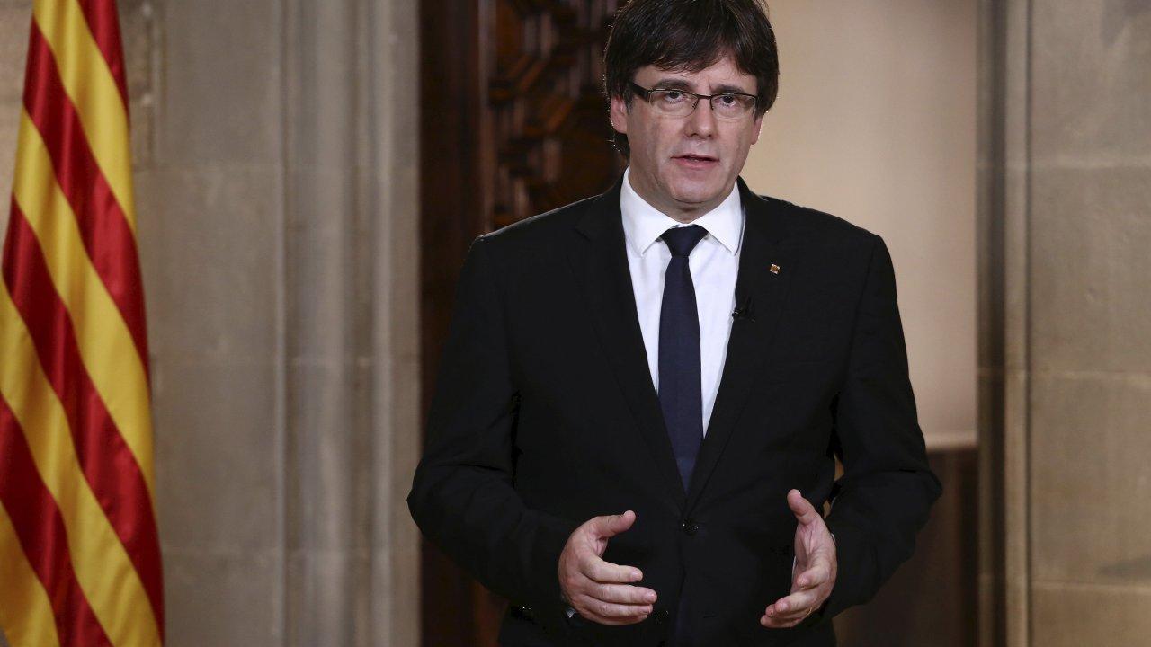 Presidente catalán dice que el rey de España decepcionó a mucha gente