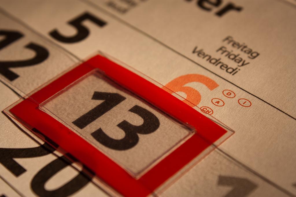 Viernes 13 en calendario