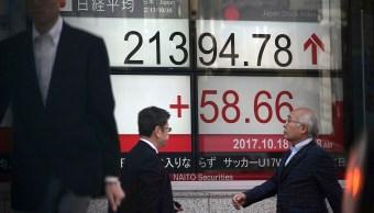 Ganancias de acciones japonesas se apoyan en triunfo de Abe