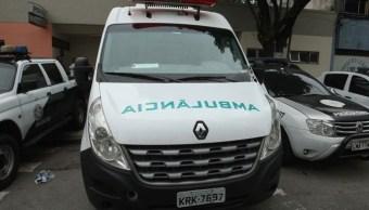Comando roba ambulancia y secuestra a médico para atender a narcotraficante