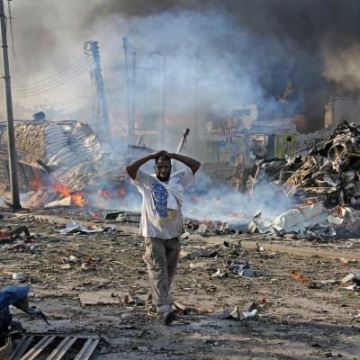 Atentado deja más de 300 muertos en Somalia