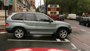 Londres impone nuevo impuesto por contaminación de autos