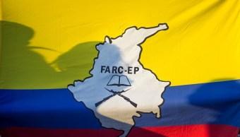800 miembros de las FARC desertan de acuerdo de paz