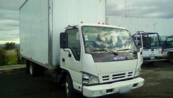 Camión robado y recuperado con combustible ilícito en Puebla